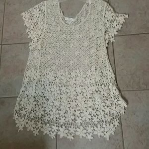 Roommates lace top